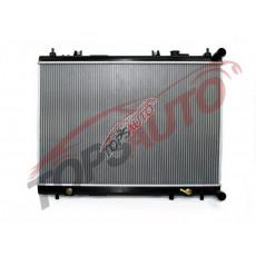 Радиатор охлаждения двигателя SBR13348